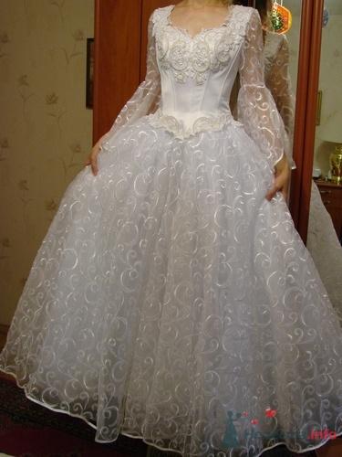 С длинным рукавом свадебные платья с
