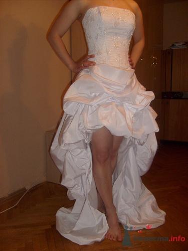 Короткое дизайнерское свадебное платье!цена 10000
