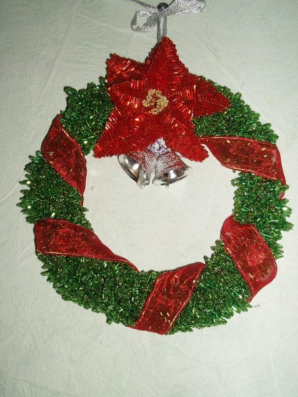 Рождественский венок из бисера.  2009г.