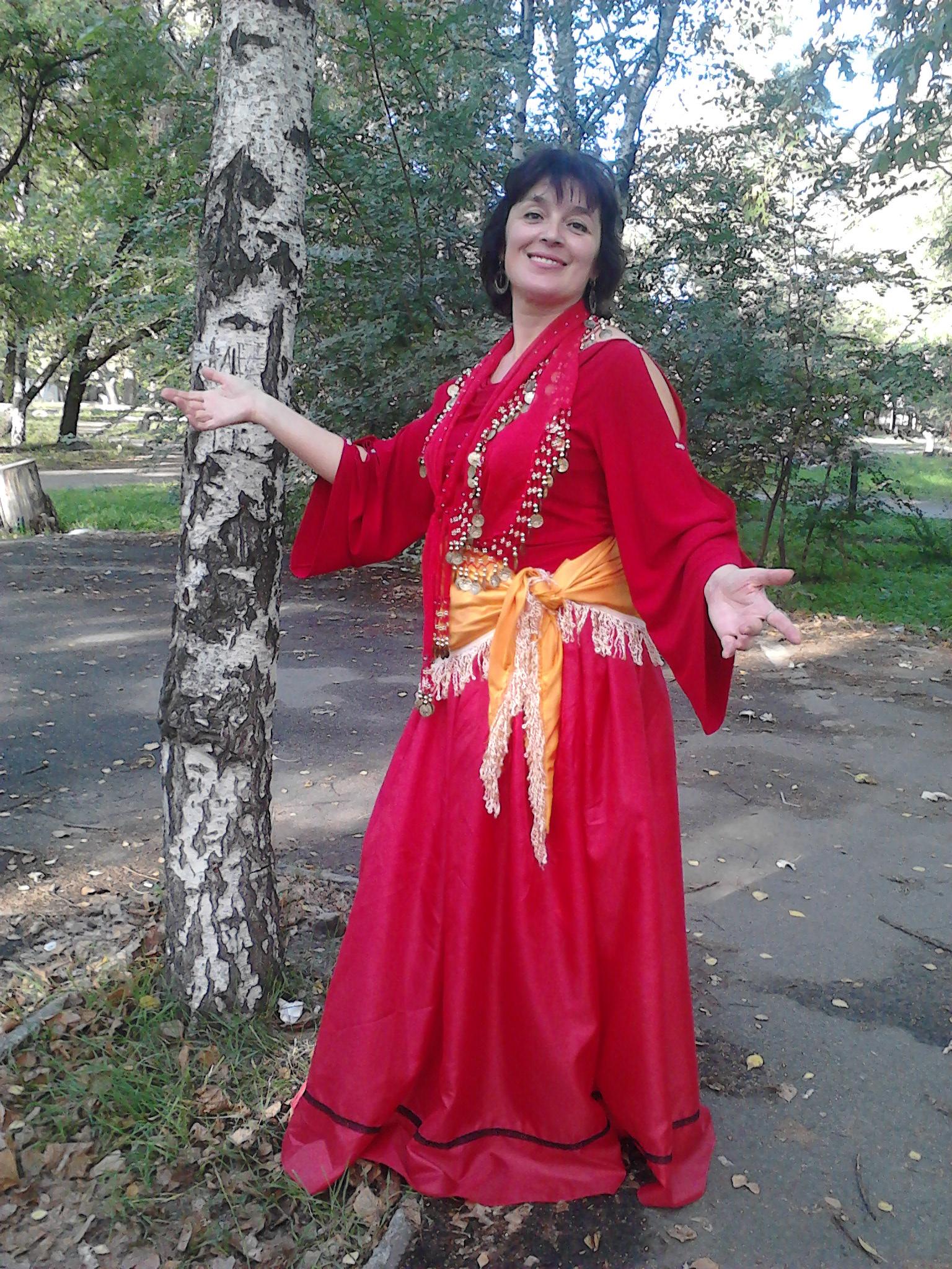 Сценарий поздравления цыганки на юбилей женщине6