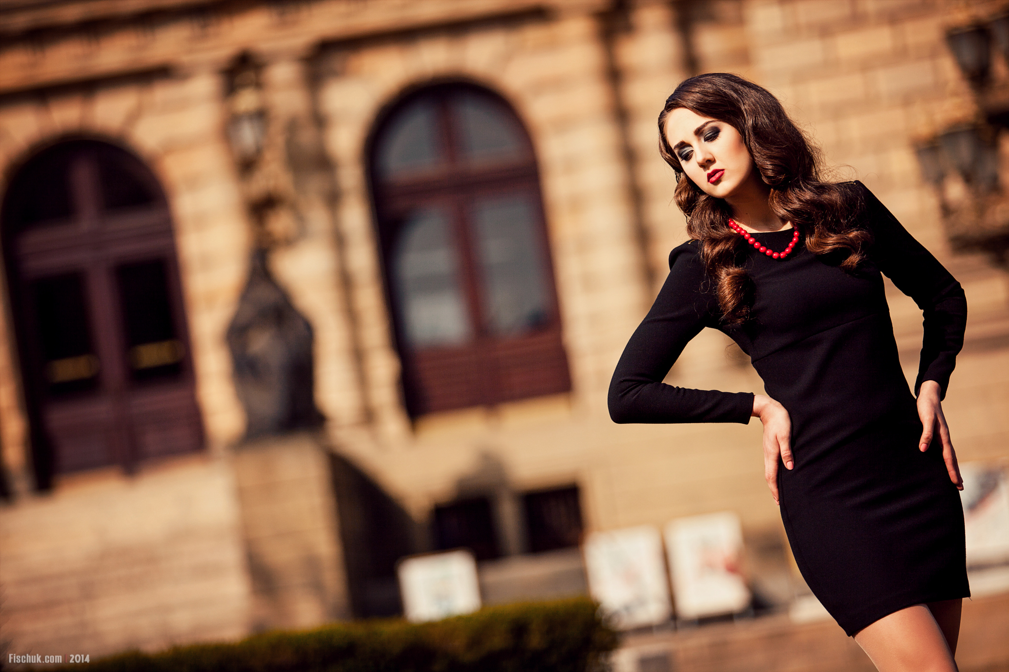 Фотосессии в городе в платье