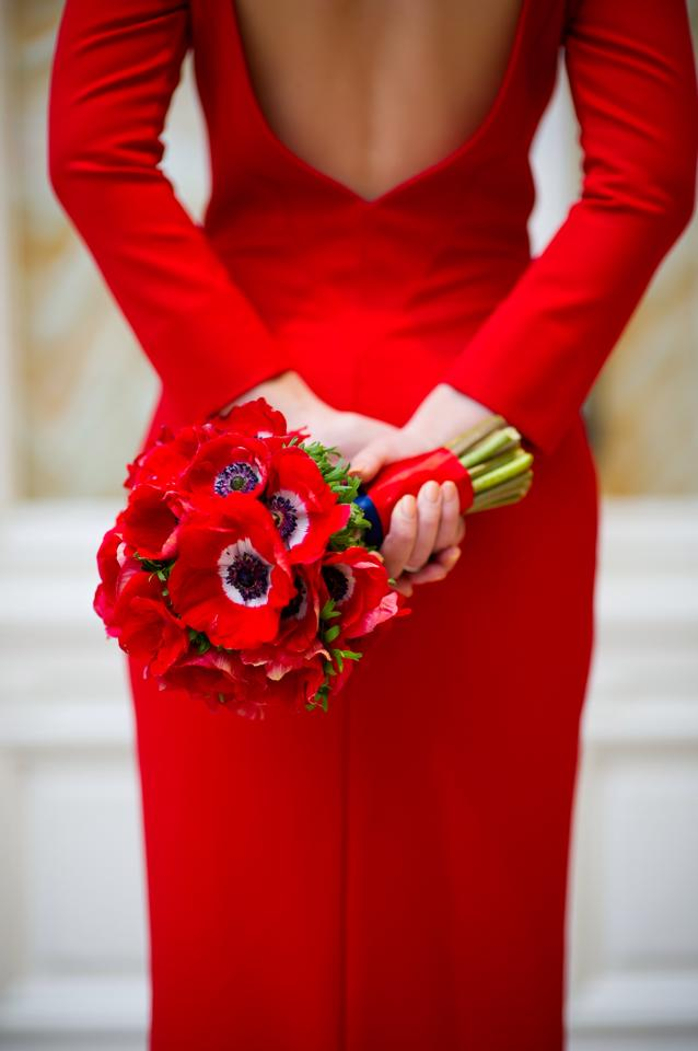 Свадебный букет под красное платье