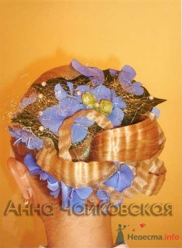 Прическа невесты сзади с цветами в волосах. - фото 42 simik