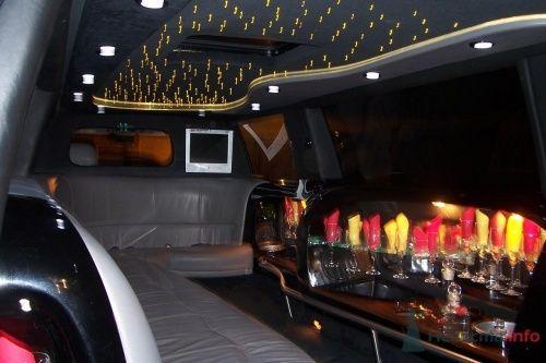 Фото 4793 в коллекции джип - лимузин черного цвета (17 мест) - Toplim - аренда транспорта