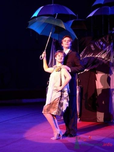 Фото 3178 в коллекции Иллюзионная трансформация «Двое под зонтом» - Иллюзионная трансформация «Двое под зонтом»
