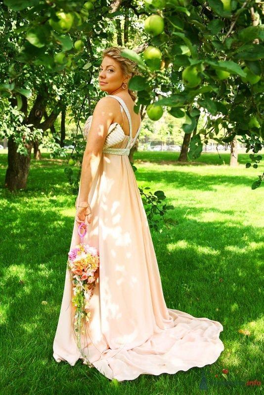 В саду сочных яблок - фото 60709 Dafina