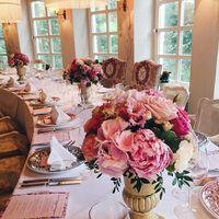 Композиции на столы гостей круглой формы