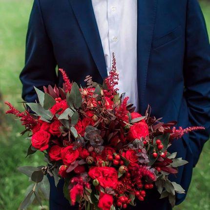 Смелый и эффектный букет невесты