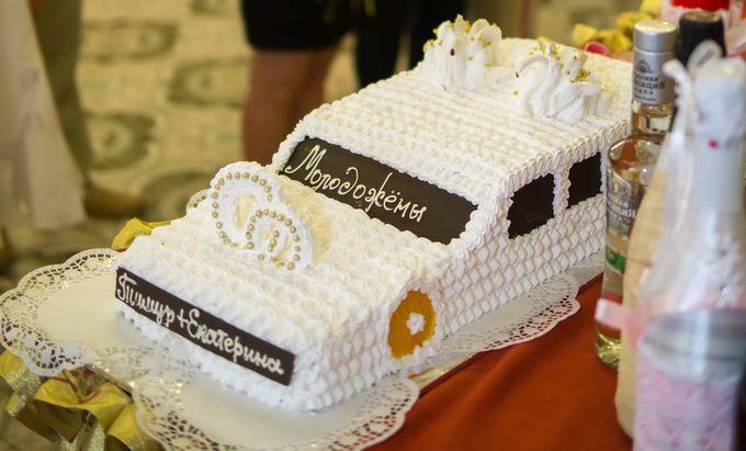 Одноярусный свадебный торт фото
