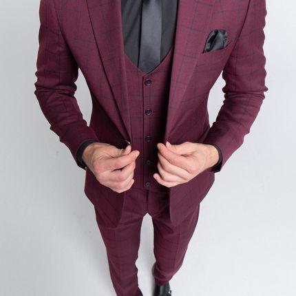 Бордовый костюм в клетку - тройка