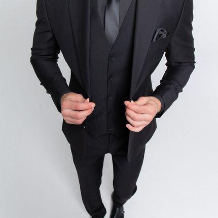 Черный костюм - тройка