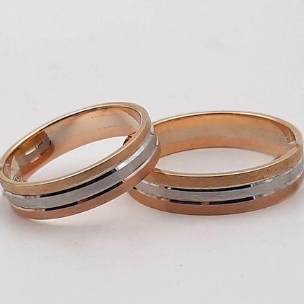 Обручальное кольцо трёхсплавное