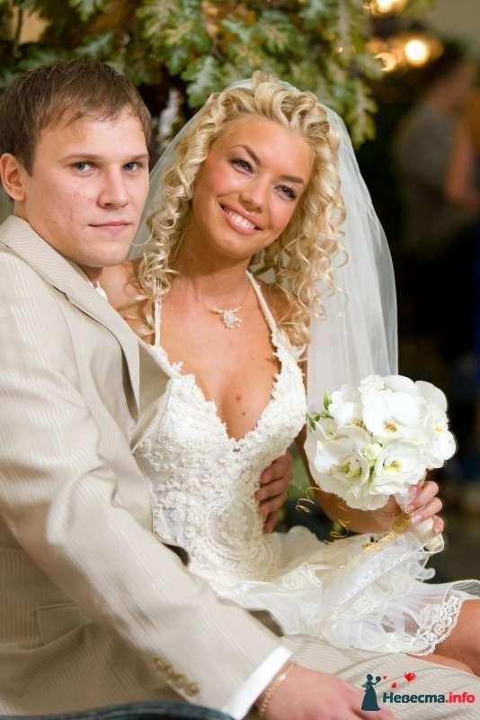 Фото 90148 в коллекции Букет невесты, подружек, и бутоньерка жениха! - Невеста Настенька