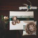 Свадебные аксессуары в зелёно-коричневых тонах