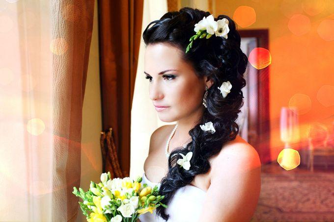 Прически невест на свадьбе