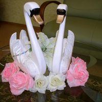Пара влюбленых лебедей цена 4000руб. т.8-951-86-88-187