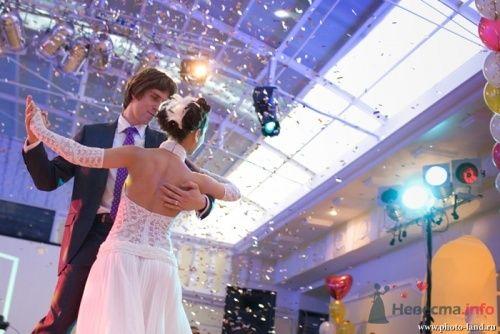 первый танец жениха и невесты - фото 4334 Свадебные фотоистории от Андрея Егорова