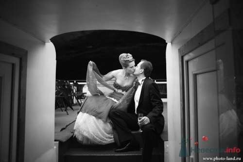 Фото 11045 в коллекции Свадьба Виктории и Сергея - Свадебные фотоистории от Андрея Егорова