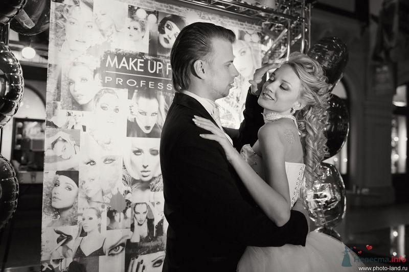 Елена и Александр (ГУМ, Москва) - фото 70724 Свадебные фотоистории от Андрея Егорова