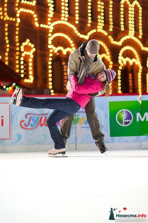 Фото 83854 в коллекции Зимняя лавстори, ГУМ-каток - Свадебные фотоистории от Андрея Егорова