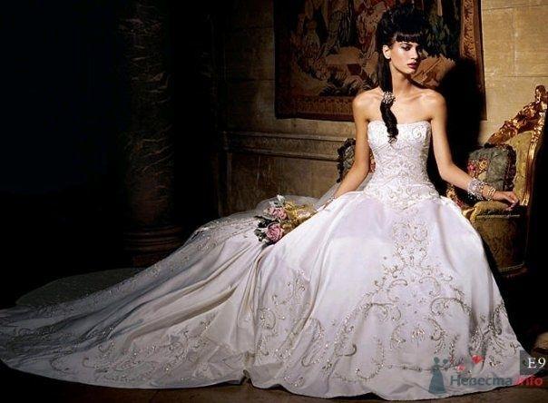 Фото 77909 в коллекции Свадебные платья