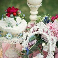 Декорирование свадебной фотозоны.