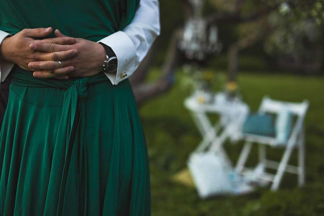 Фото 1934927 в коллекции Весенняя LoveStory в яблоневом саду - Свадебный фотограф Анна Алфёрова