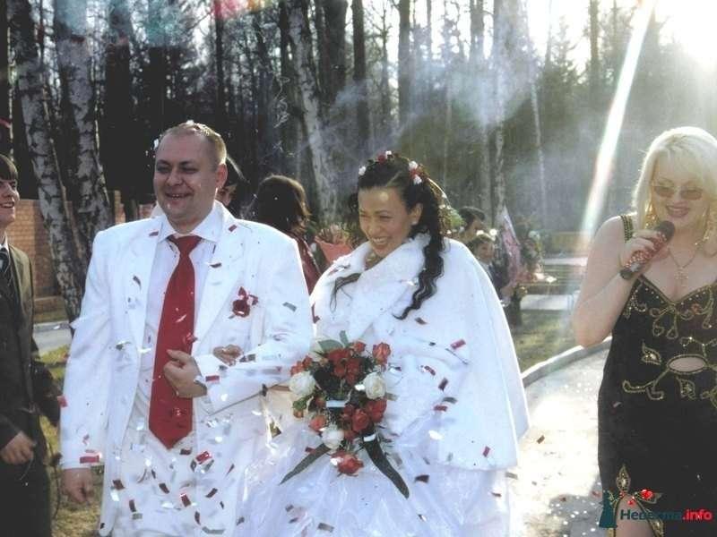 Ресторан Солярис для лентней свадьбы я с права - фото 83272 Ведущая Ирина Деревянко