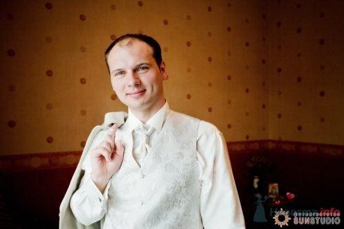 Фото 11676 в коллекции Катя и Олег. 10 августа 2008 года. Фотограф Анна Горбушина - Анна Горбушина - фотоагентство SunStudio