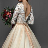 Свадебное платье со шлейфом КИРА  Нежное и чувственное , легкое и невесомое свадебное платье прекрасно отражает красоту и чувства невесты в самый счастливый день жизни!