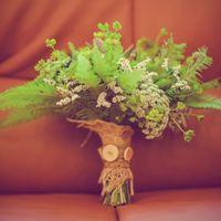 Свадебный букет из полевой зелени