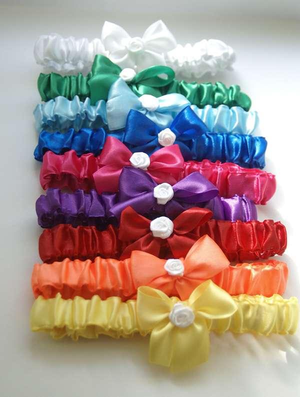 Подвязка для подружек невесты своими руками из лент