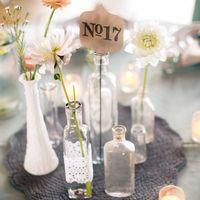 Вазы-пробирки, номерок гостевого стола, свечи