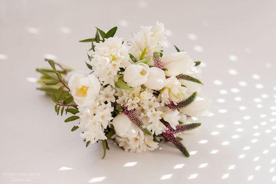 Цветов, букет невесты из гиацинта белого