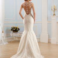 Свадебное платье с красивой спиной