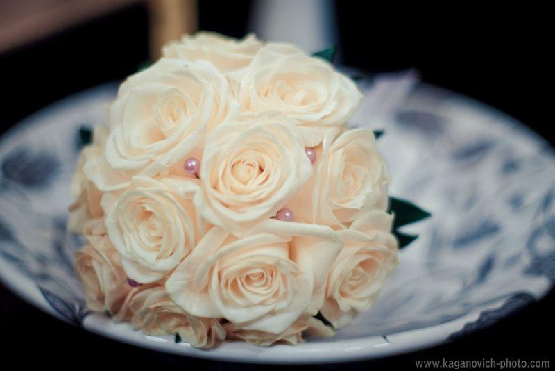 Букет невесты из персиковых роз  - фото 992147 Свадебный фотограф Анастасия Каганович
