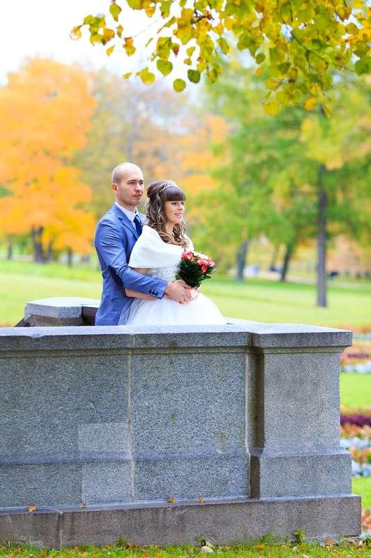 Свадебная прогулка в Екатерининском парке. Осенняя свадьба. - фото 3794871 Фотограф Петров Максим