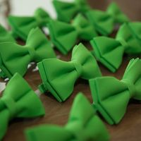 зеленый, бабочки
