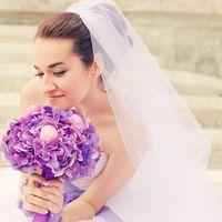 Букет невесты из сиреневых гортензий. Невеста-Ульяна, фото: Е.Зотова