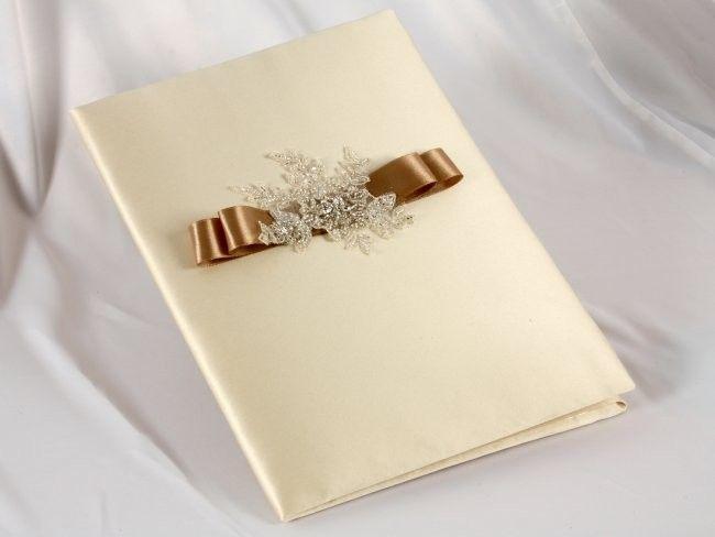 Приглашение на свадьбу, в цветах соответствующих тематике торжества, в золотисто- коричневых тонах - фото 1038061 Мастерская Лу-Лу - свадебные аксессуары