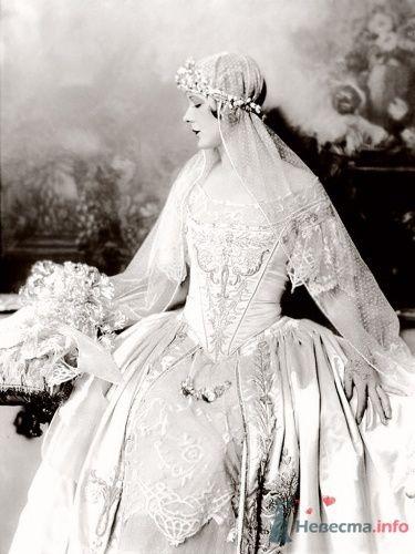 Фото 14105 в коллекции Винтажные платья - Свадебная мастерская ОП-позиция