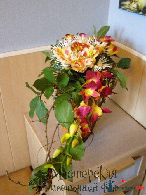 букет на плетеном каркасе - фото 121622 Мастерская цветочной феи - цветы