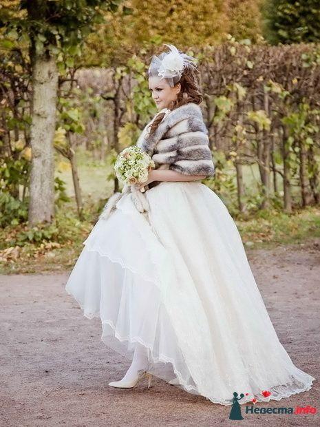 Любовь. Прическа выполнена с использованием дополнительных прядей. - фото 129688 Свадебный стилист Татьяна Шатман