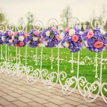 Свадебная стойка для подвесных цветов