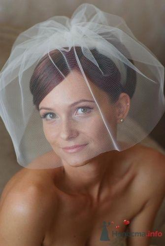 Свадебная фата невесты.