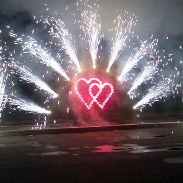 горящие сердца с холодными фонтанами - фото 1349495 ООО Вальжен - салют на праздник