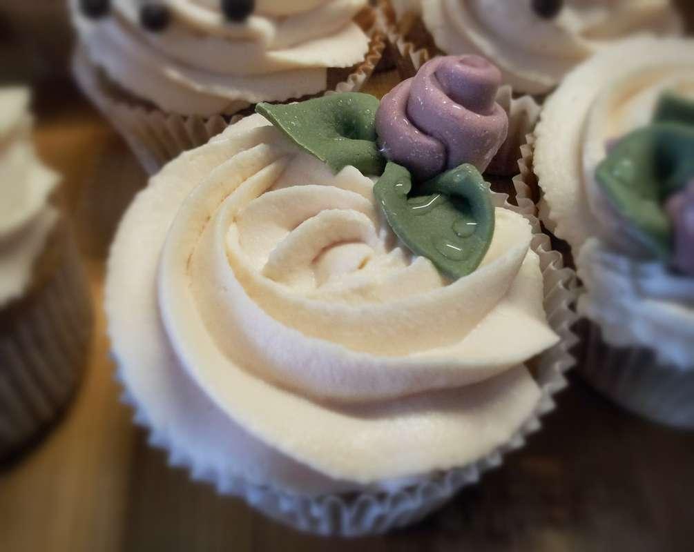 Фото 2330844 в коллекции Капкейки - Ма Бейкер - свадебное печенье, торты, сладкий стол