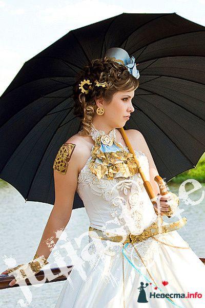 Парад невест-6 28 мая 2009 года в Москве. Образ стим-панк невесты.