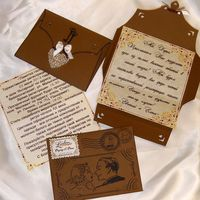 Пригласительные в английском ретро-стиле из трех частей: конверт, текст приглашения и памятка для гостя
