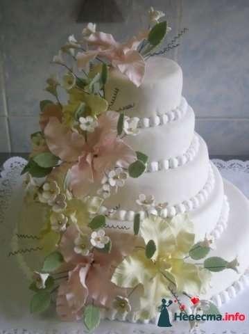 """Фото 128305 в коллекции Свадебные торты - """"Мир Любви"""" - студия свадебных услуг"""